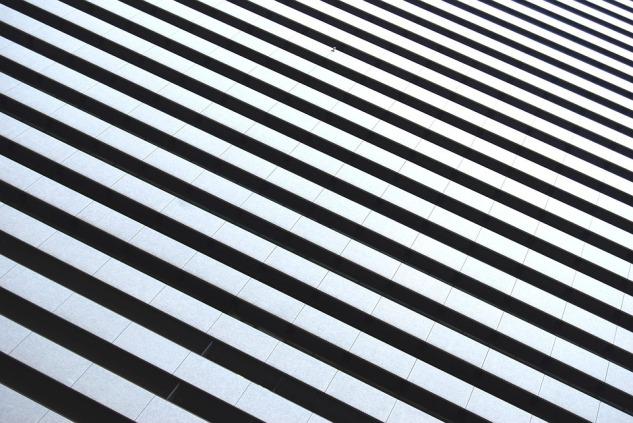 black-and-white-stripes-1149856_960_720.jpg